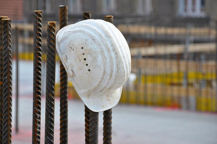 abandon chantier 83, abandon de chantier Var, expertise abandon de chantier Toulon, solution plus d'entreprise sur chantier Draguignan,